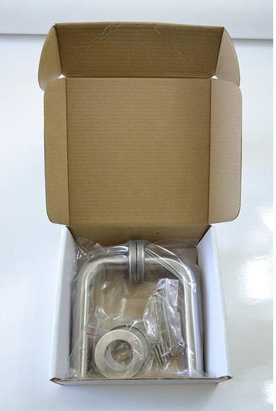 Inoxová oblá rovná kľučka z brúsenej nereze s okrúhlou rozetou