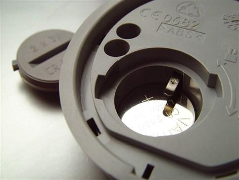 Výmena batérie u digitálnej klávesnice pohonu NICE MoonTouch MOTX-R