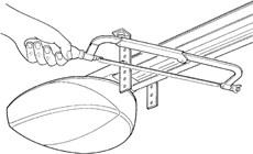 4. Uistite sa, že lišta je vo vodováhe, prípadne ju vyštelujte a zvyšok konzol odrežte.