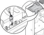Zapojte konektor do riadiacej jednotky závory M-Bar a L-Bar