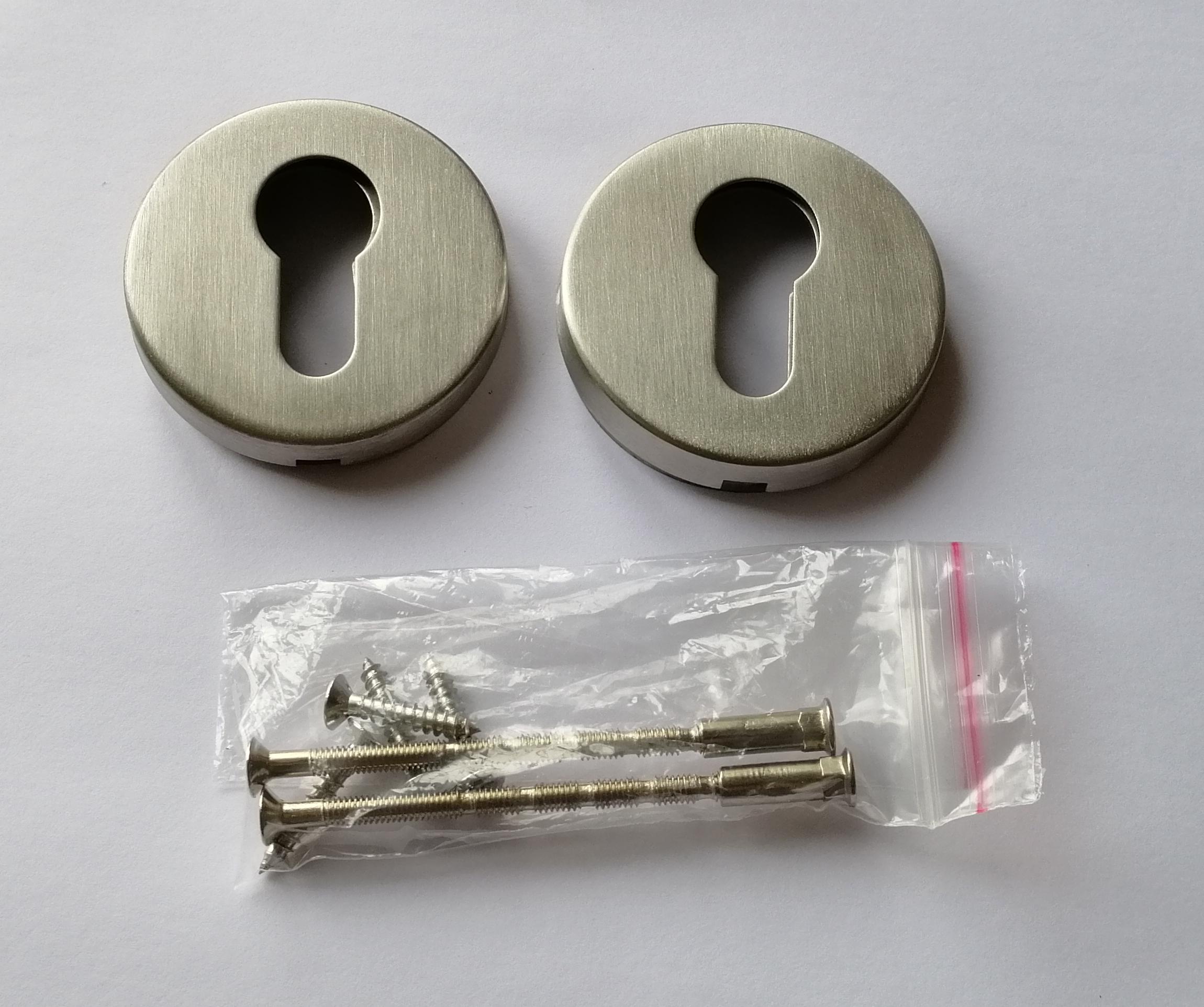 Inoxová okrúhla rozeta pre cylindrickú vložku z brúsenej nereze