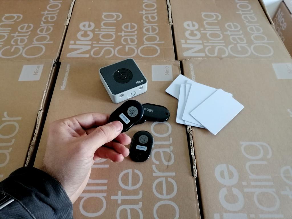 Kľúčenka NICE HSB1 pre čítačku kariet