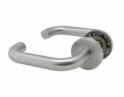 Kľučka rovná zaoblená z brúsenej nereze s okrúhlou rozetou